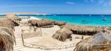 Пляж на острове в Красном море, Египет - 115432296