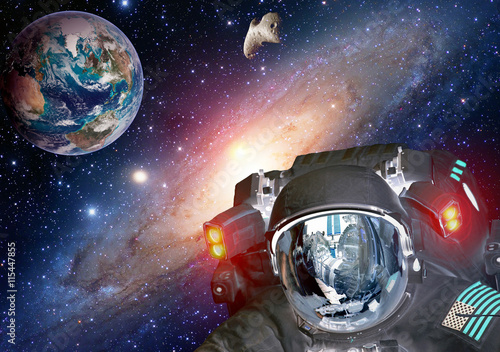 Foto op Canvas UFO Astronaut planet Earth spaceman helmet space martian alien et extraterrestrial life. Elements of this image furnished by NASA.