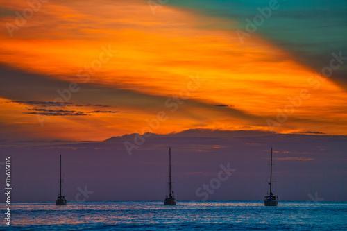 Fotobehang Fantasie Landschap PHANTASY. Nai Harn Beach. Phuket Island. Thailand.