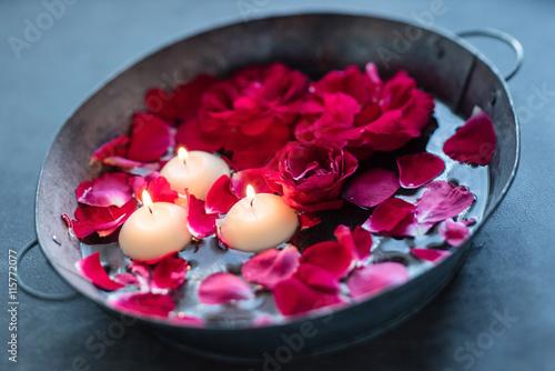 Zdjęcia na płótnie, fototapety, obrazy : red roses and candles