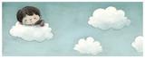 niño durmiendo en las nubes