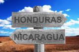 HONDURAS,NICARAGUA,LIMITES,FRONTERAS, SEÑAL, MADERA, SEÑALES, CAMPO, VEGETACIÓN, CAMPO ABIERTA