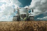 Traktor  bei der Ernte - 116368874