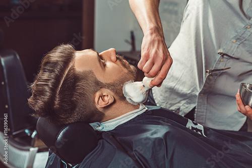 Hipster client visiting barber shop Plakat