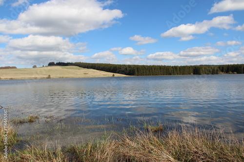 Fotobehang Lac de Bourdouze