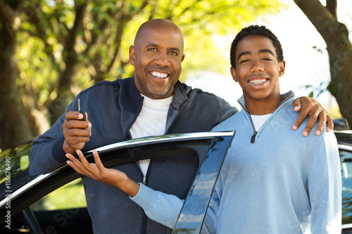 Plakat Father Teaching Teenage Son To Drive