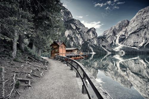Alpensee in den Bergen