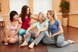 Frauen als Freunde in einer Gruppe