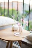 decoración con cristal y lavandas