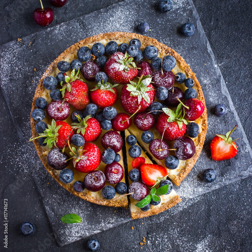 Plagát cheesecake with fresh summer berries
