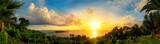 Fototapety Panorama von einem bunten Sonnenuntergang am Meer