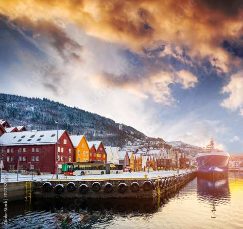 Aluminium Schip amazing view on Bryggen street in the bay in Bergen at sunset, Norway