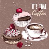 Filiżanka kawy, wiśnie i truskawki na ciastkach czekoladowych w odcieniach różowo-beżowych.