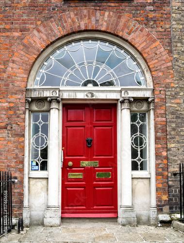 Irland - Dublin - bunte Haustür am Merrion Square Park Poster