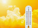 thermometer in the sky, hot temperature - 117490618