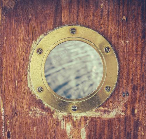 Aluminium Schip Vintage Brass Porthole With Ocean Water