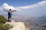 uçurumdaki dağcı