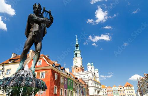 Fototapety, obrazy : fountain on Old Market Square in Poznan, Poland