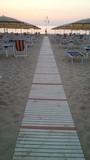 passerella in spiaggia