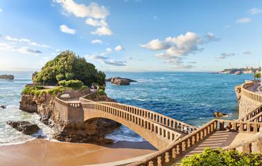 Fototapeta most na wyspę w Biarritz