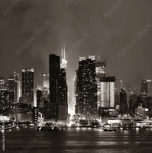 Foto op Aluminium New York Manhattan midtown skyline at night