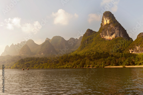 Staande foto Guilin Karst mountains along the Li river near Yangshuo, Guangxi provin