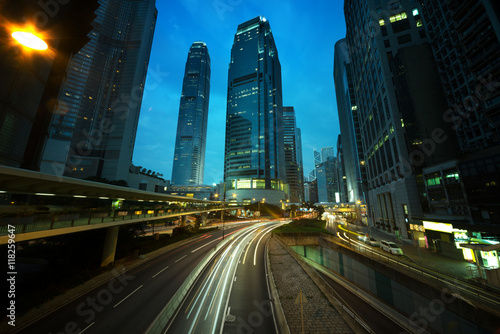 Foto op Aluminium Toronto traffic in Hong Kong at sunset time