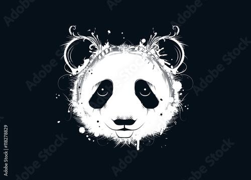 Głowa niedźwiedzia panda. biały panda głowy na czarnym tle Duża głowa panda w stylu graffiti z kwiatowym ornamentem