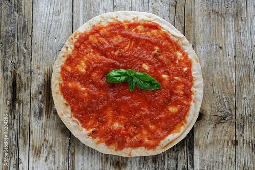 pizza al pomodoro senza lievito