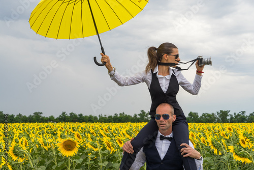 Agents get lost in a field of sunflowers