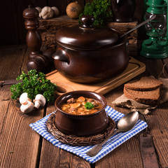 True North German mock turtle soup with mushrooms