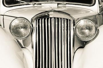 Stary klasyczny samochód