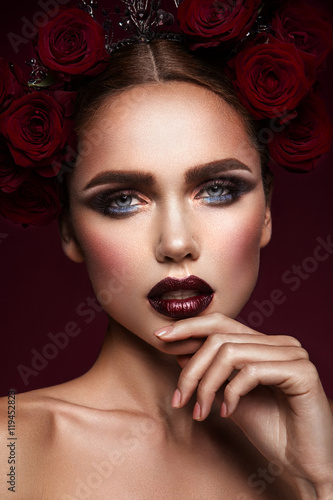 Plakat Close-up portrait of beautiful woman with dark make-up and hairstyle