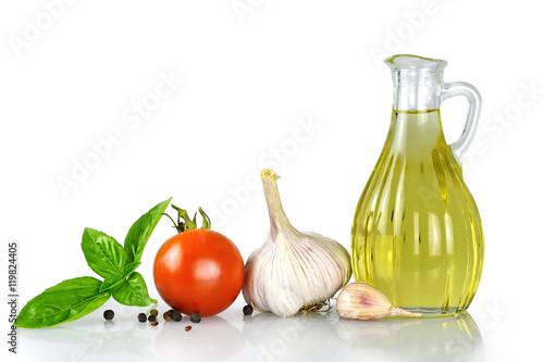 Sunflower oil and fresh vegetables