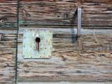 kamień elewacyjny, rustykalny, dom, okiennice  - 120399818