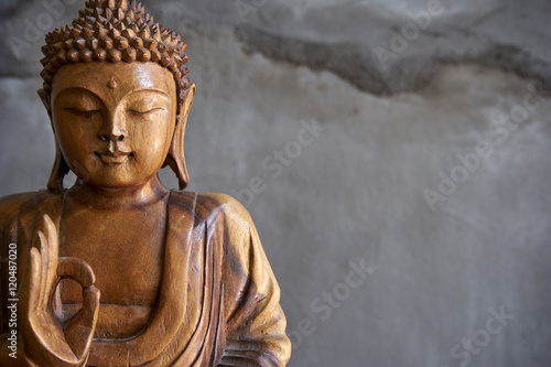 Poster Wooden buddha statue