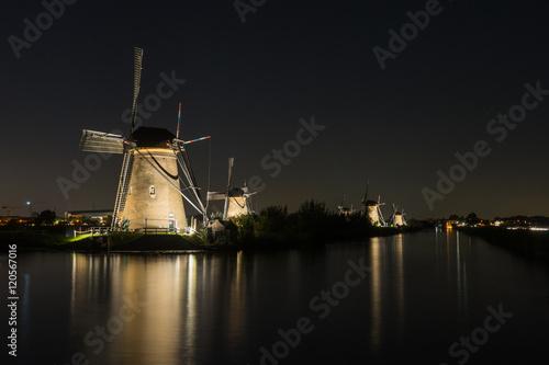 Poster Nederlands molens in de nacht
