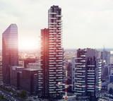 Odbicie nowej nowoczesnej dzielnicy w Mediolanie