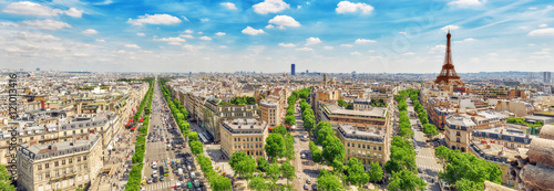 Leinwanddruck Bild Beautiful panoramic view of Paris from the roof of the Triumphal