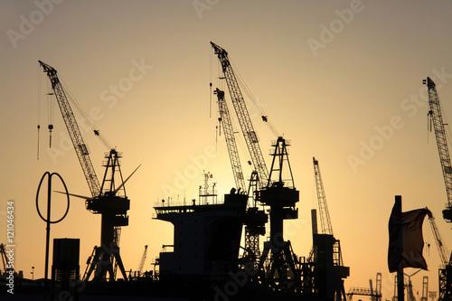 Poster Kräne im Hafen
