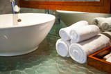 Badezimmer im Hotel - 121380289