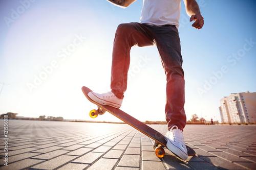 Fotobehang Skateboard skateboarder on a skate