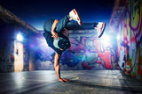 Fototapety Break dancing outdoors