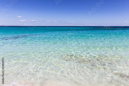 plage de rêve des îles baléares, eau turquoise et sable blanc, formentera, plage de sa roqueta