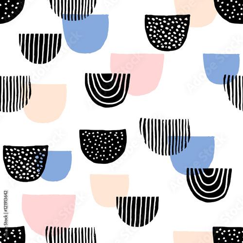 Hand Drawn Seamless Pattern - 121913642