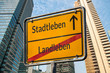 Schild 111 - Stadtleben