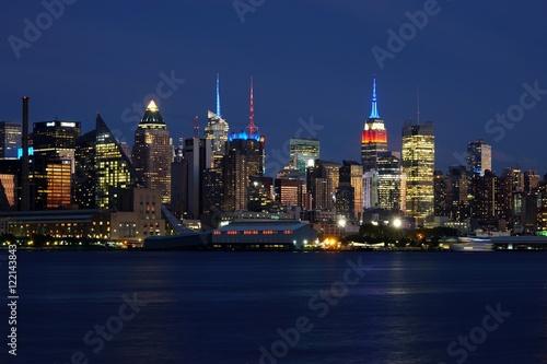 Foto op Aluminium New York View of the Manhattan skyline in New York City seen from Edgewater, New Jersey
