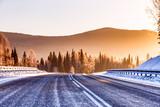 Droga w górach zimą