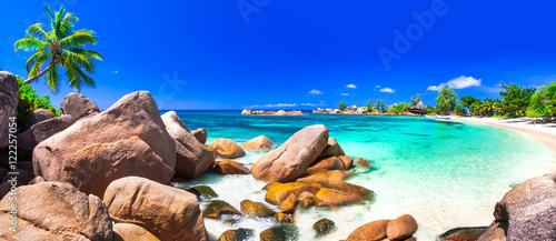 Papiers peints Bleu fonce most beautiful tropical beaches - Seychelles ,Praslin island