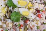 Primo piano di insalata di riso